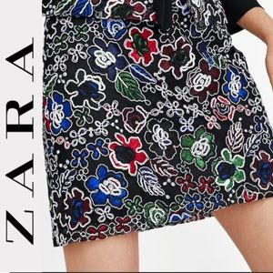 ZARA MULTICOLOR LACE EMBROIDERED A-LINE SKIRT NEW